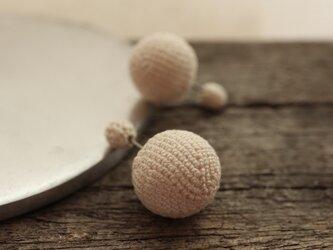 大粒小粒 編玉のバックキャッチピアス [両耳ペア] [Ball_φ5+φ14]の画像