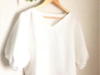 ホワイトリネン キモノスリーブふんわりパフブラウスの画像