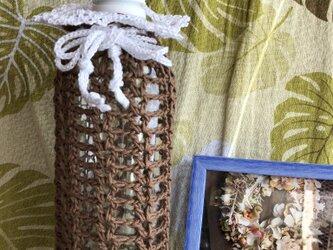 チョコレート色のボトルケースの画像