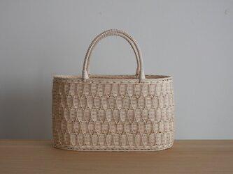 籐のトート 横型(よろけ編み/生成り)の画像