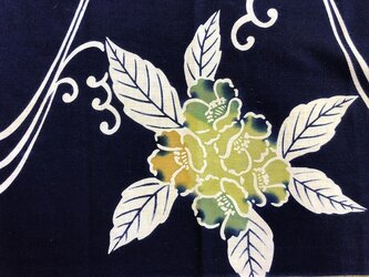 y0007b 花紋様浴衣木綿ハギレ☆古布・古裂/布草履/ミニ着物/吊るし飾り/押絵材料/ハンドメイドの画像