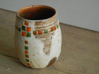 百色(ももいろ)象嵌 つぼみカップ 角紋縁取りの画像
