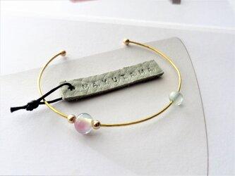 M様オーダー品 ガラスと真鍮のシンプルブレスレット(momoiro×sorairo )の画像