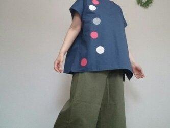 大きめサイズチュニック風トップスあめ玉和柄藍色の画像