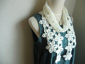 リネン 麻 お花のストール(オフホワイト)の画像