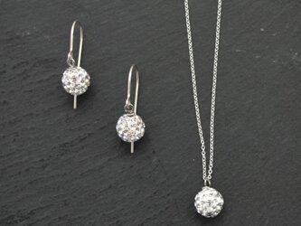 Swarovski Crystal Ball Necklaceの画像