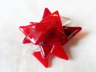 真っ赤なダリア*ガラスのブローチの画像