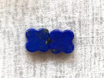 ラピスラズリ クローバーカット 2ピース ペア 8mm*10mm 青 ブルー 天然石 12月 誕生石 素材 ルースの画像
