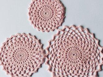 太編みレースのセットの画像
