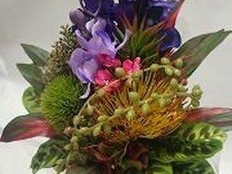 熱帯林の香りがするようなブーケ   「ジャカルタ」の画像
