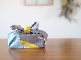 ハンカチ・お弁当包み「山なみ」グレーの画像