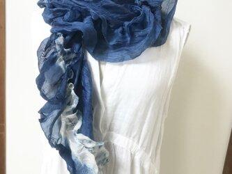 本藍染 着物リメイク絹 フリル スパイラル マフラーの画像
