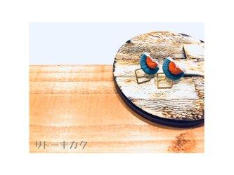 *扇型刺繍ピアス*(ターコイズブルー×オレンジ)の画像