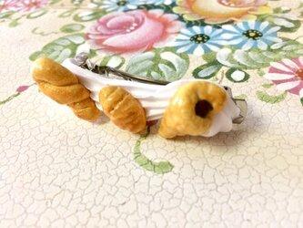 パンだらけのバレッタの画像