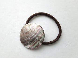 天然石の髪飾り「ラウンド シェル Ⅱ」の画像
