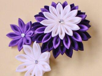 絹 羽二重 うっとり 誘う紫♡ 髪飾り ブローチ 〈受注製作〉つまみ細工 かんざしの画像