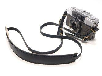 デジカメ・コンパクトカメラ用の金具付き本革カメラストラップ ブラック【受注生産】の画像