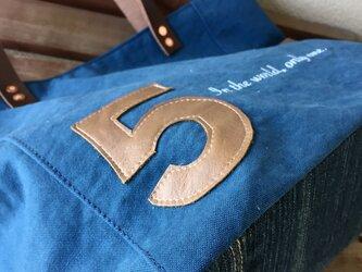 宅急便送料無料☆army duc square tote bag M 5 blueの画像