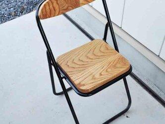 パイプ椅子の画像