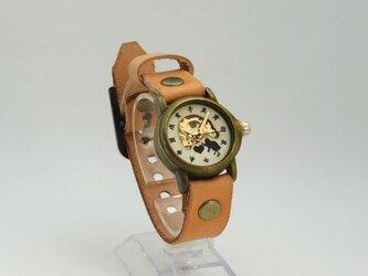猫がハートと戯れる機械式腕時計 恋文の画像