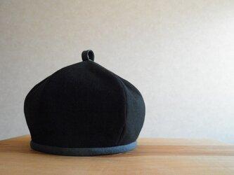 コットンリネンのベレー帽 黒、チャコールグレーの画像