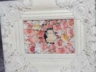 レカンフラワー カメオと薔薇の画像