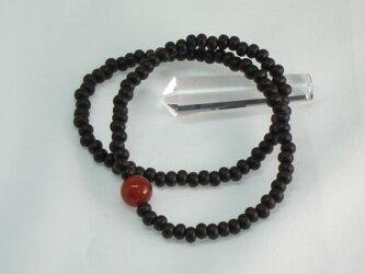 縞黒檀108玉赤瑪瑙入佛珠ブレスレットの画像