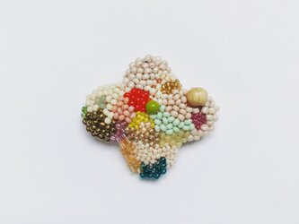 小さなお花のブローチ Bの画像