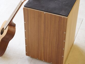 wood drum 《cajon》の画像
