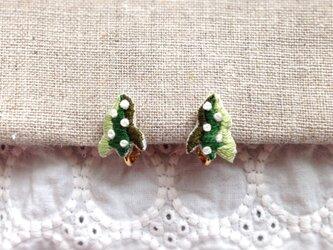 【受注制作】海藻イヤリング(green)の画像