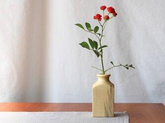 木の一輪挿し:角瓶タイプの画像