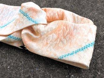 ヴィンテージ きもの シルク ツイスト ヘアバンド*ぷっくり松 サーモンピンクの画像