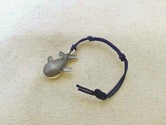 銀製の鈴 『 クジラくん 』 (シルバー925) 根付・バッグチャームの画像