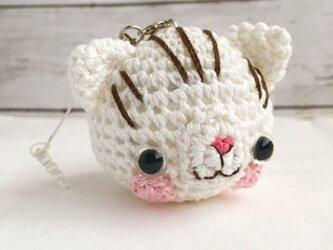 【受注生産】白猫茶色模様入り猫さん(大)鈴付きイヤホンジャックの画像