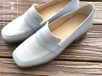 【受注製作】牛革ローファーパンプス 革靴 ライトブルー 青 RF9300の画像