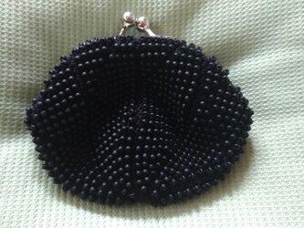 ビーズ編みがま口財布 黒色の画像