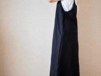 大人のサロペットスカートの画像