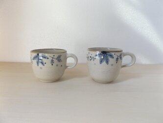 マグカップ 青茶の葉の画像