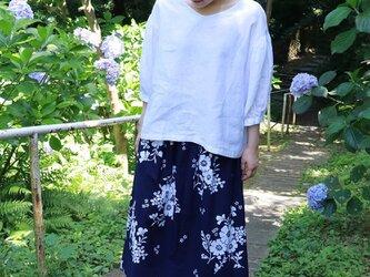 花柄の浴衣地  スカートの画像