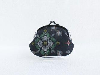 着物リメイクがまぐち 《まる》 大島紬・黒地に白花の画像