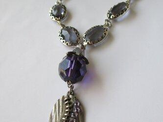 深い葡萄色のネックレス    の画像