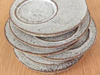 小さなお皿(和菓子、お醤油皿.藁灰マット)の画像
