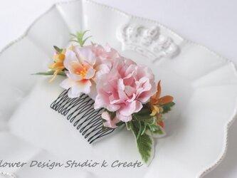 ウェディングにも♡ピンクの薔薇とローズマリーのコーム 浴衣 ピンク バラ オレンジ 髪飾り バラの画像