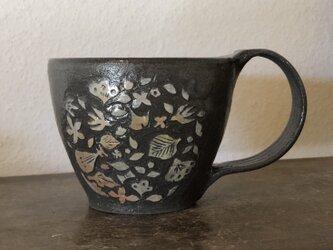 マグカップ―kakiotoshi black 愉しい音の画像