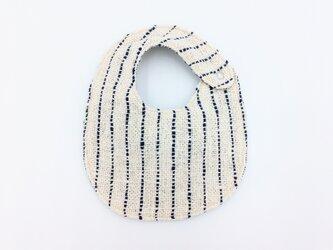 手織りベビースタイ(オーガニックコットン100%)リバーシブル:ネイビーストライプ&ネイビーの画像