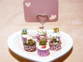 にゃんこのしっぽ○カップケーキのメモスタンド(大)○ミニチュア○猫の画像