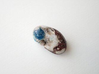 天然石のブローチ「カバンサイト」の画像