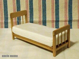 ドール用ベッド SS(色:オーク) 1/12ミニチュア家具の画像