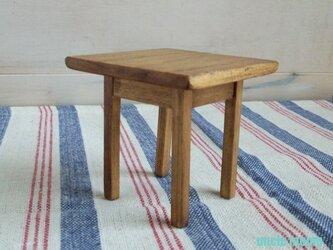 ドール用テーブル小(色:チェスナット) 1/12ミニチュア家具の画像