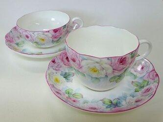 ぐるっと薔薇のティー・コーヒーカップ&ソーサーの2客セット(手描き)の画像